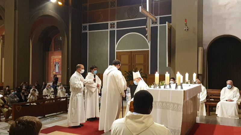 ordenacions-diaconals-xavi-samuel-diocesis-sant-feliu-de-llobregat6